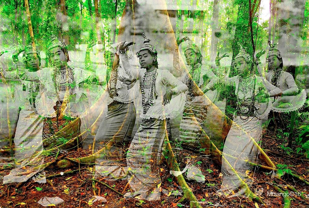 Wherever you stand be the soul of that place - 2016 - Digital print on enhanced matte velvet paper on aluminum - Ed 1/5 - 82 x 120cm & 67 x 100cm