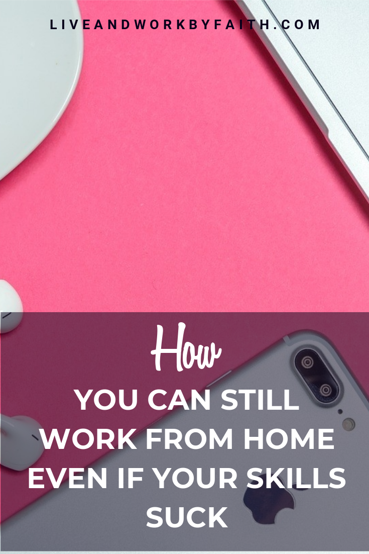 Want to work from home as a virtual assistant but don't have a lot of technical skills? No worries! Here's a list of 20 things you can do even if your skills suck. #virtualassistant #workfromhome