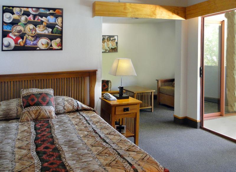 sadies_hotel_pago_pago_american_samoa_catherine_buchanan (8).jpg