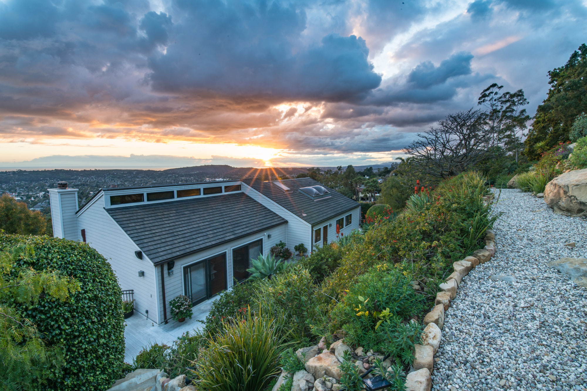 real-estate-phography-sunset-view.jpg