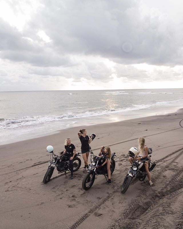Reason number one million why I need to move to Bali: beach bike rides with some awesome babes... 📷 🚁 @djimavicpro