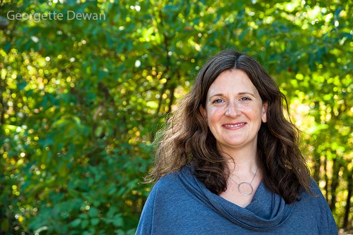 Jenn Ripa-Edson - Intuitive, energy healer, gong master, yoga and meditation teacher, life coach, essential oil expert, and author.