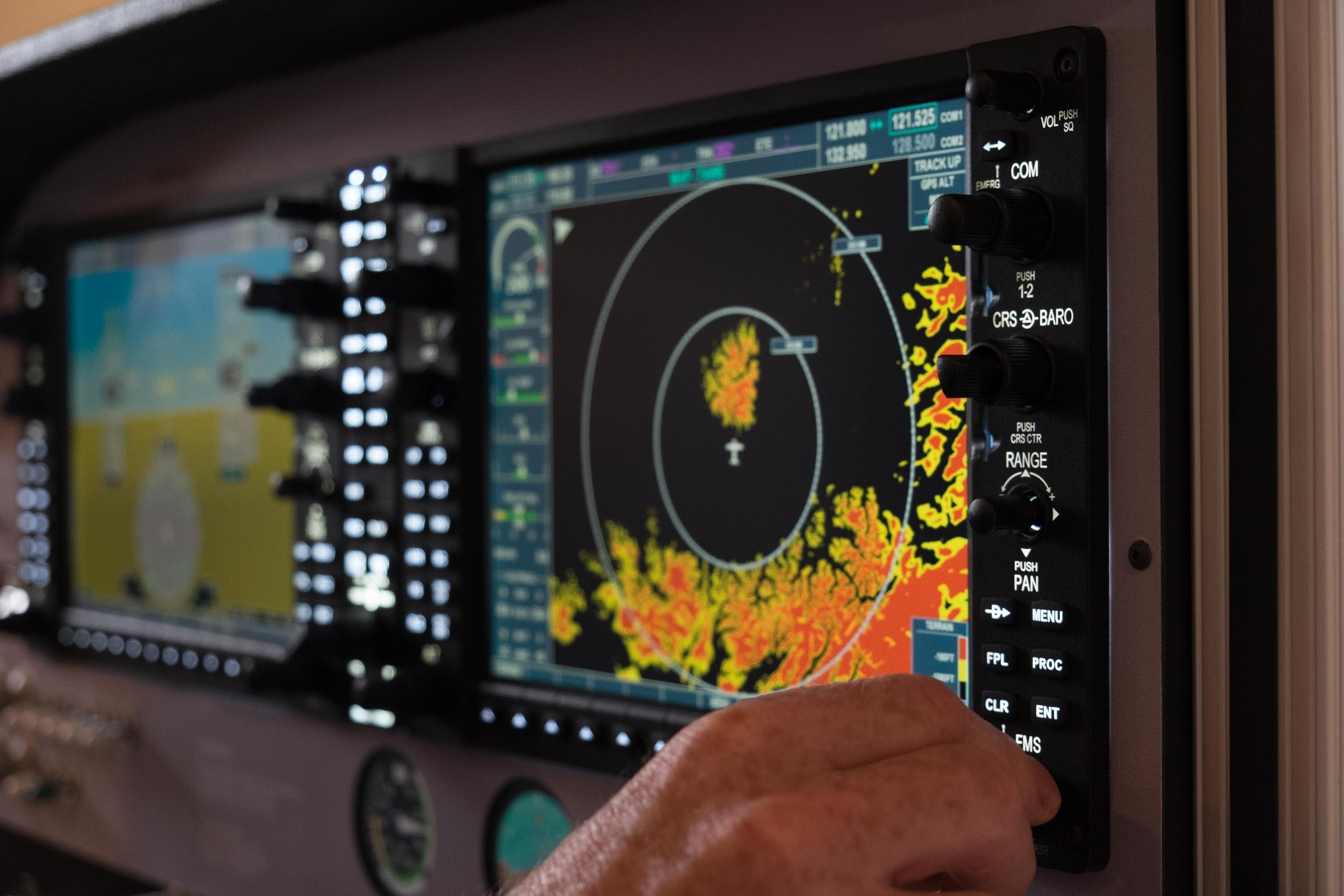 Glass Panel Systems - 1G-1000The best G1000 emulator available.1G-600A faithful representation of the Garmin G600.1G-EFIS 40/50A fully featured emulation of the Bendix/King Electronic Flight Instrumentation System.1G-CP467Remote EFIS controller for the 1G-EFIS 40/50