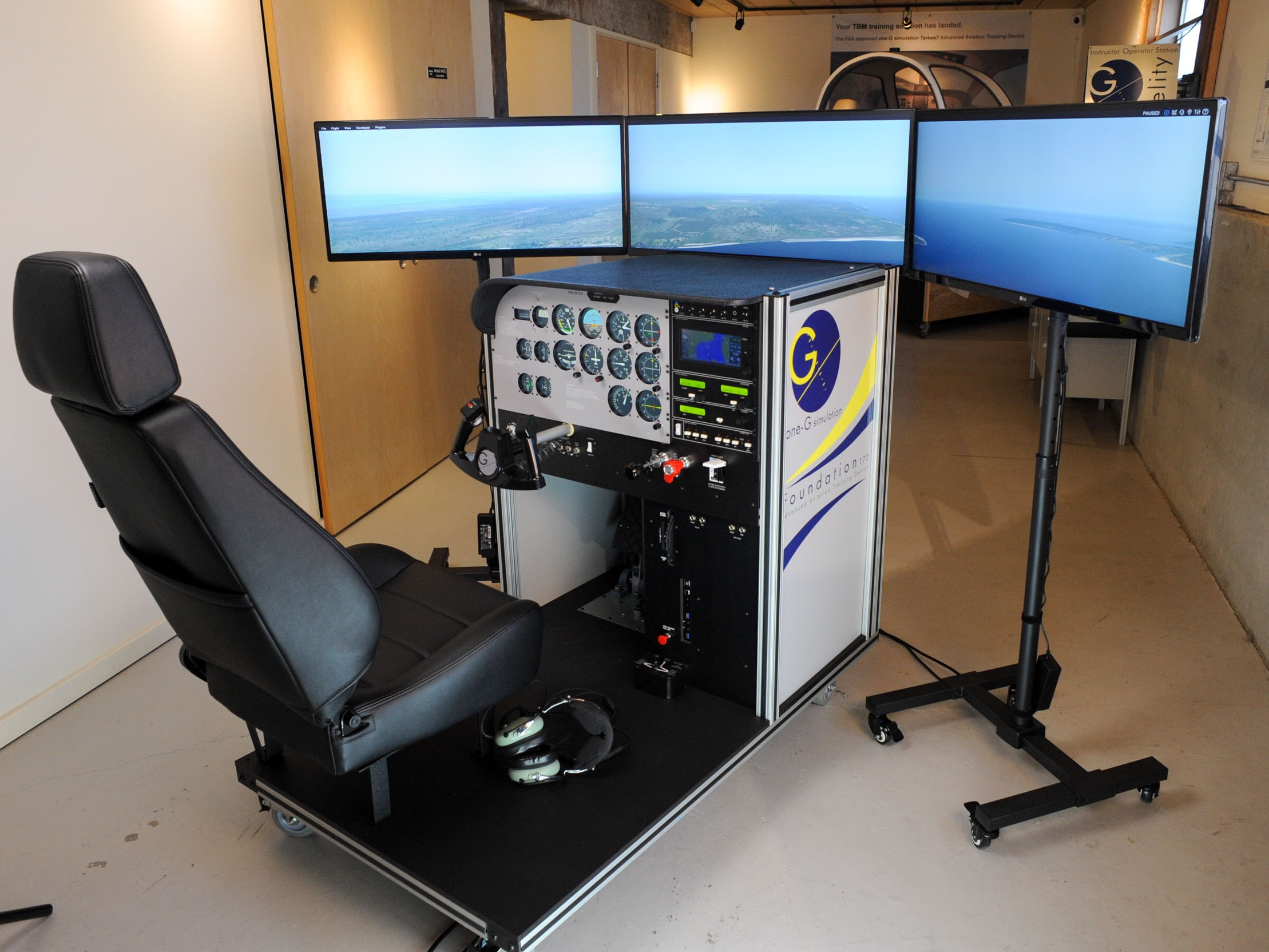 The Simulators:one-G Foundation™ and Foundation 1000™ - Based on the popular Cessna® single engine series aircraft, the one-G Foundation™ is a model specific AATD that is designed as a platform for integrated instruction for all pilots, from student through commercial.The most realistic touch & feel interaction of any flight simulator in its class. And with its intuitive instructor operation station, ease of use and durability, the one-G Foundation's™ ability to facilitate a seamless transfer of learning between the simulator and the airplane is remarkable.