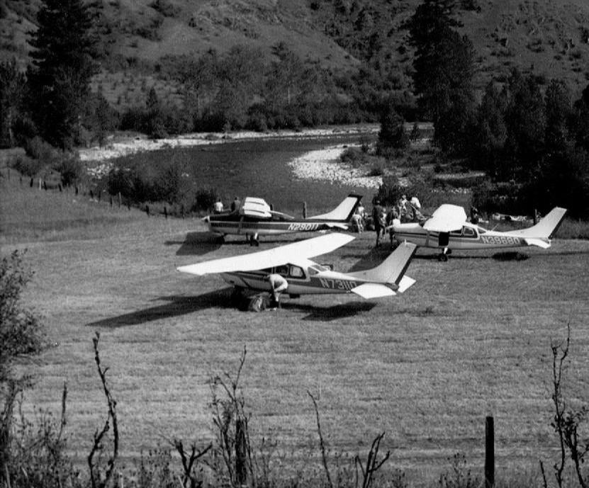 Backcountry-Cessnas.JPG