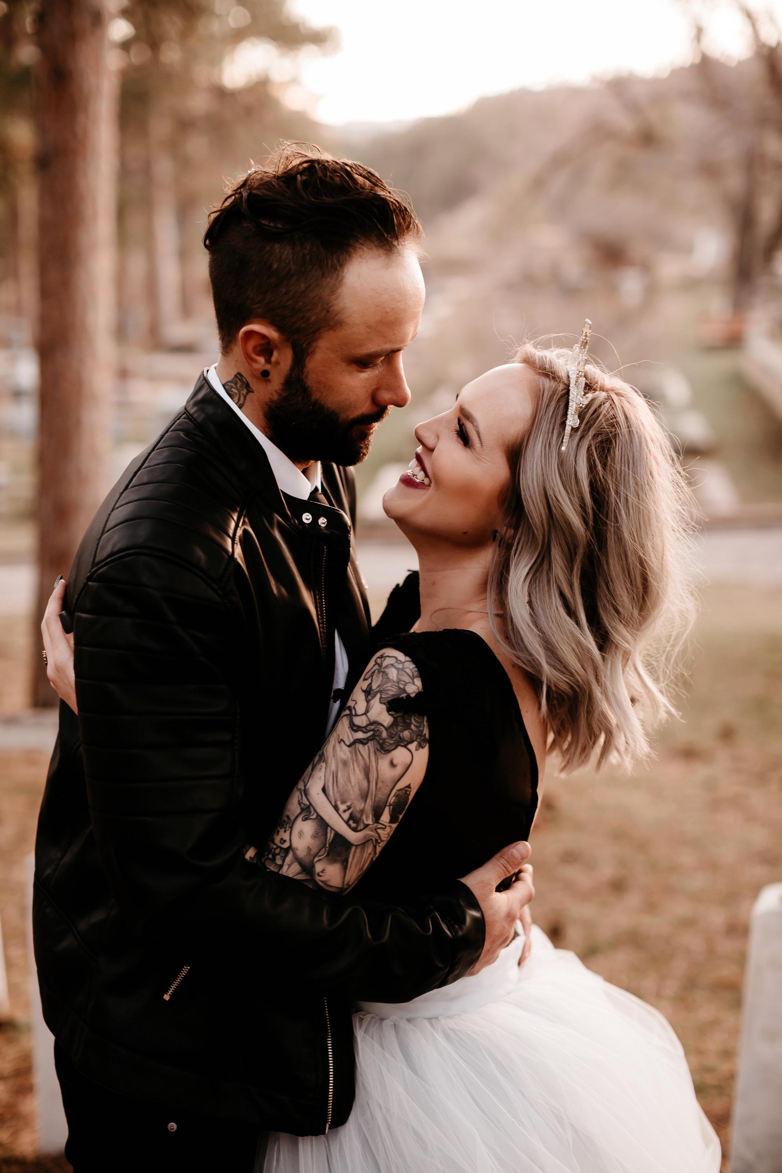 moody bride deadwood elopement