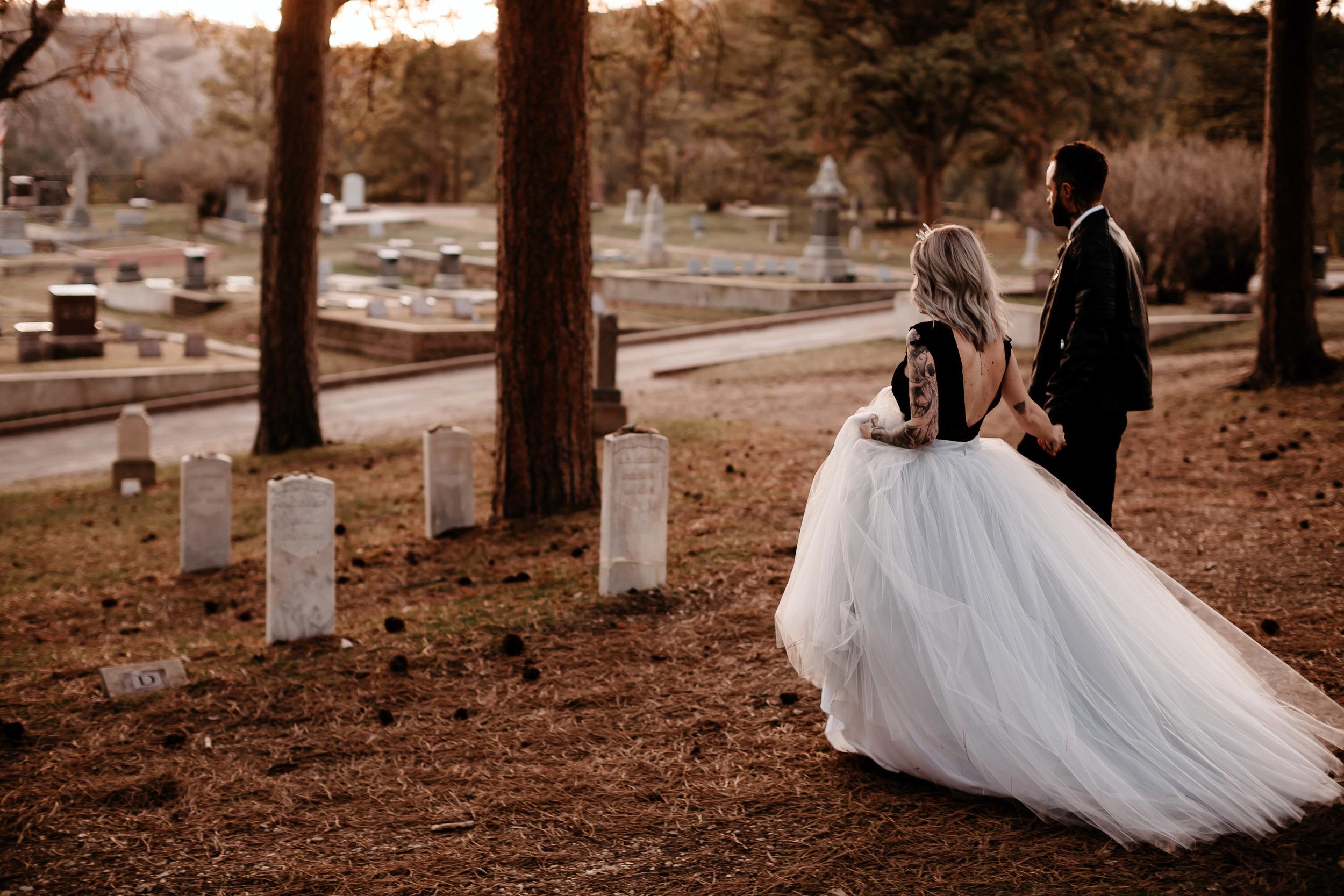 vintage haunted elopement