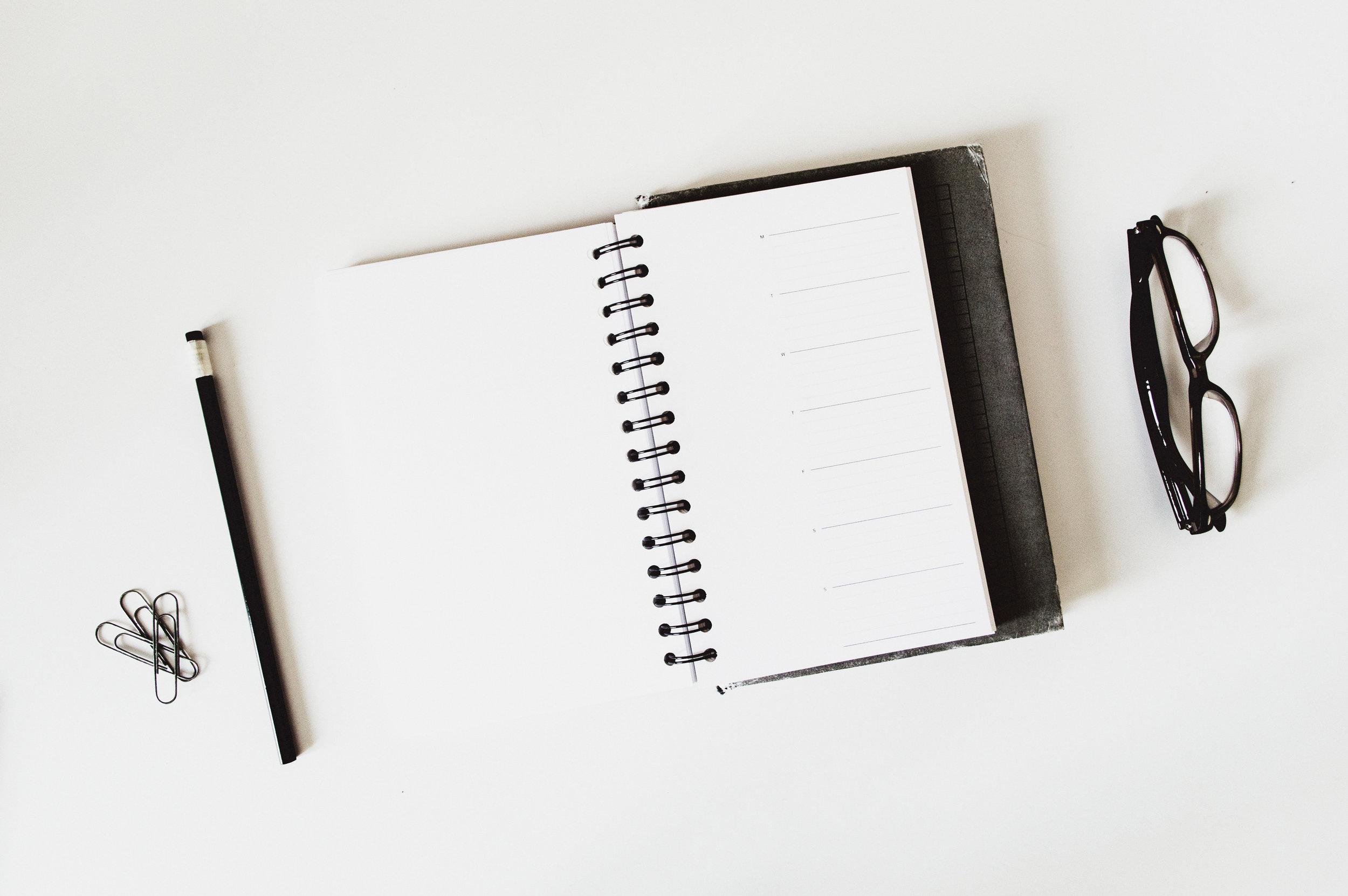Våre beste tips til foredrag og bedriftsinterne kurs i deres lokaler     Forberedelsene gjør ofte den store forskjellen. Vi deler 6 tips for å lykkes med å sette opp gode foredrag og bedriftsinterne kurs som deltakerne kommer til å snakke om lenge etter denne dagen .