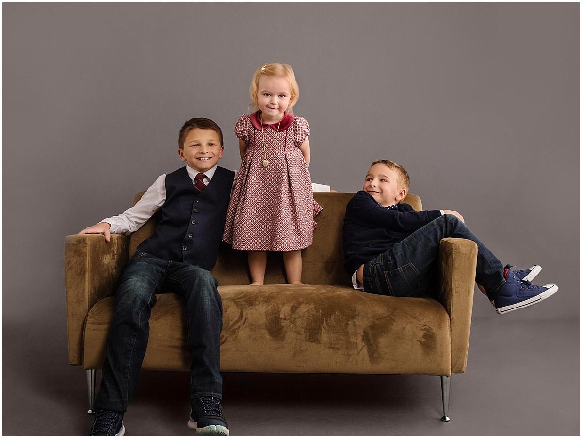 Aslakson_siblings-portrait-in-studio