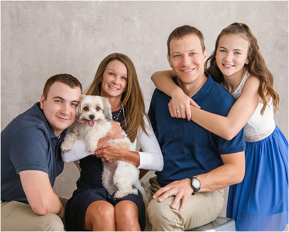 Beautiful portrait of the Klym family | pc:    StudioBportraits.com