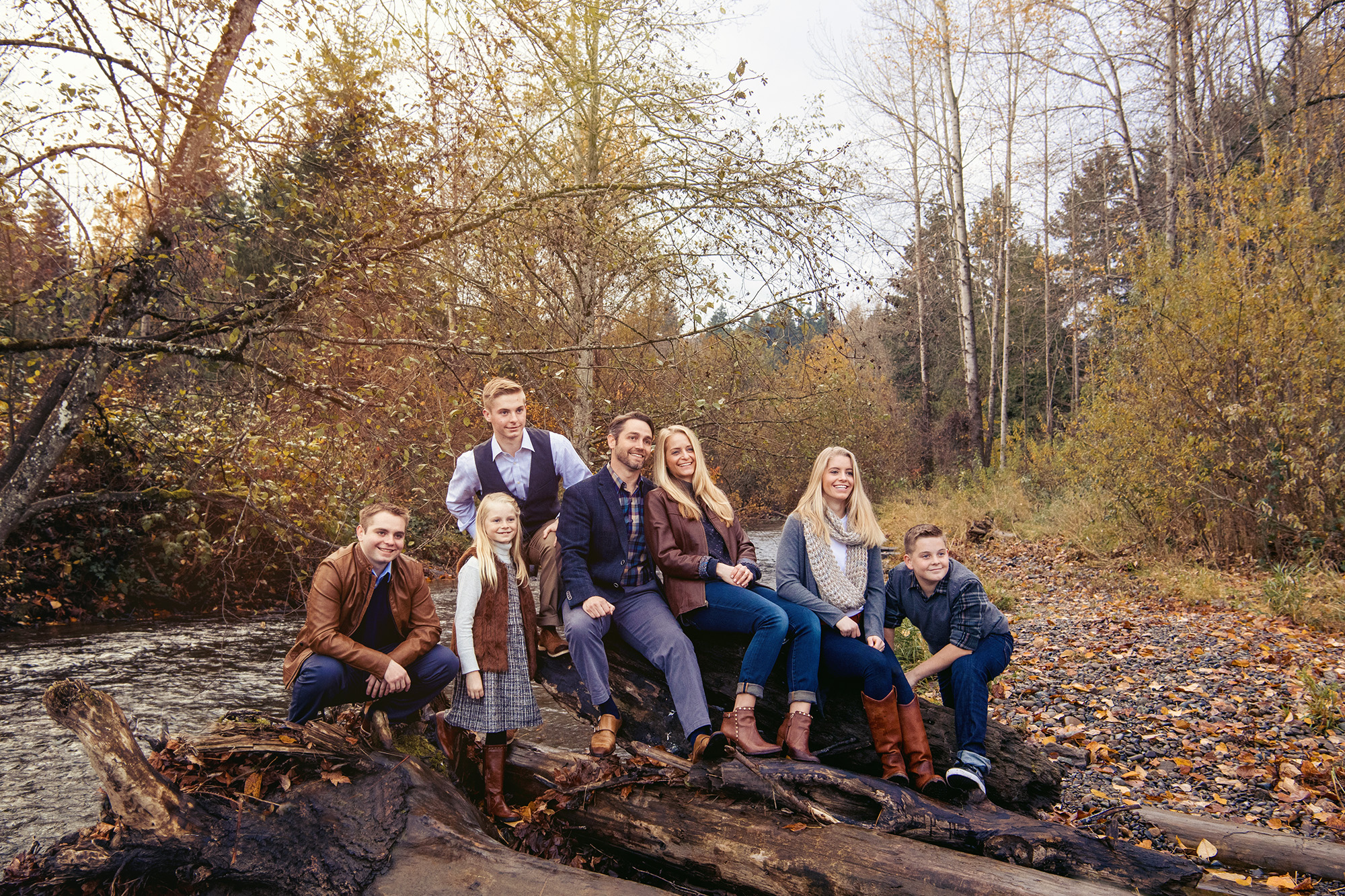 Amazing Fall Family Pictures at Studio B Portraits near Bellevue_Bean_web.jpg