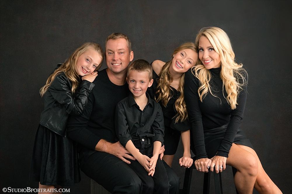 Black on black holiday family portraits_0211.jpg