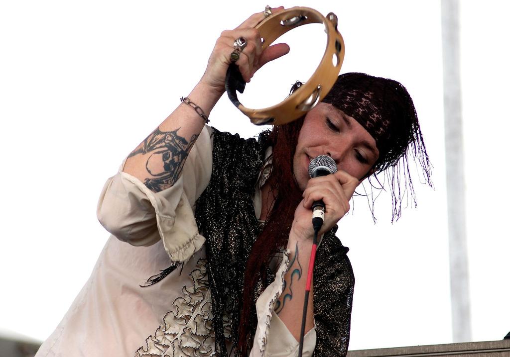 Serena-Maneesh at Siren Festival