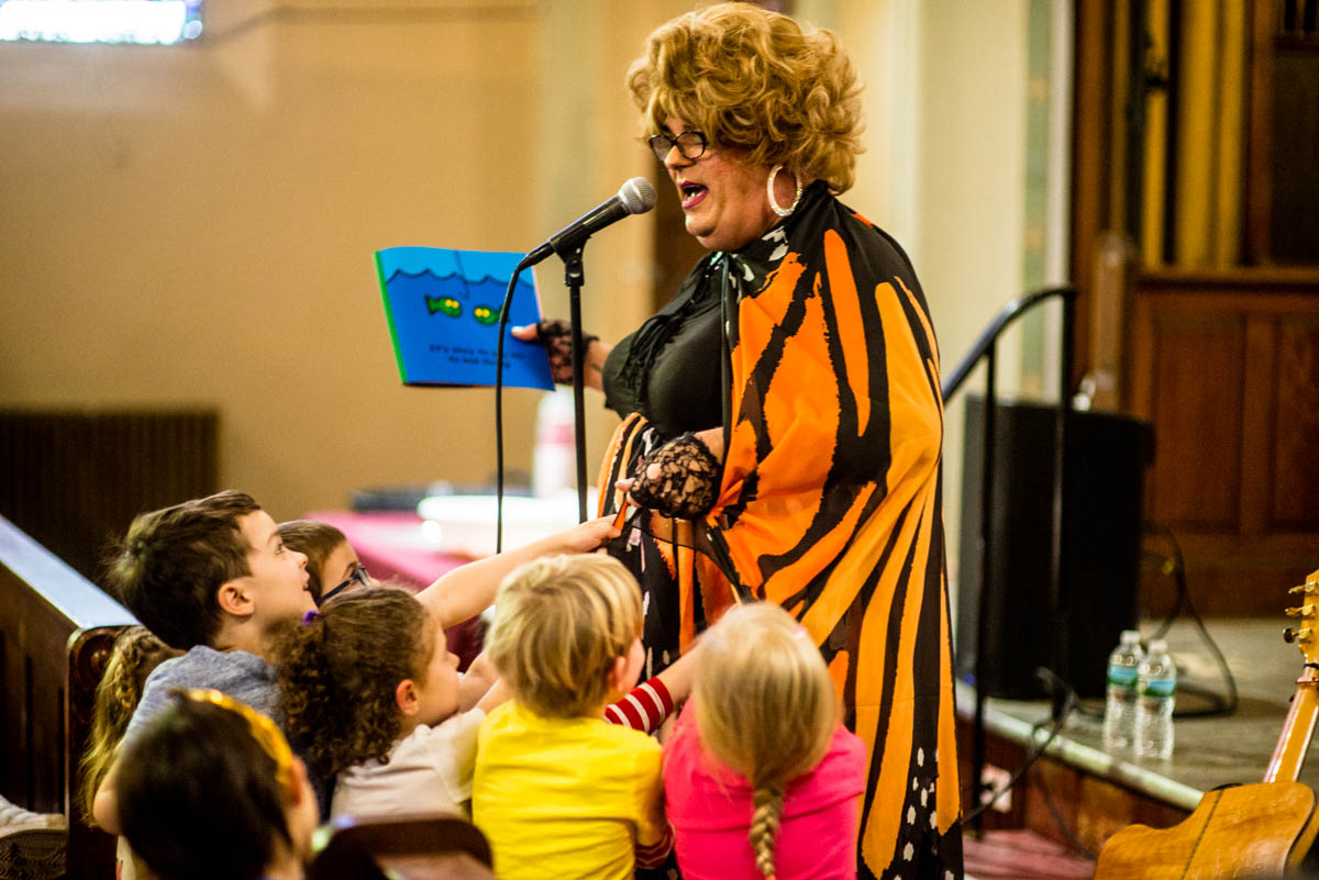 Rev. Yolanda reads at Park Church Co-op for Drag Queen Story Hour