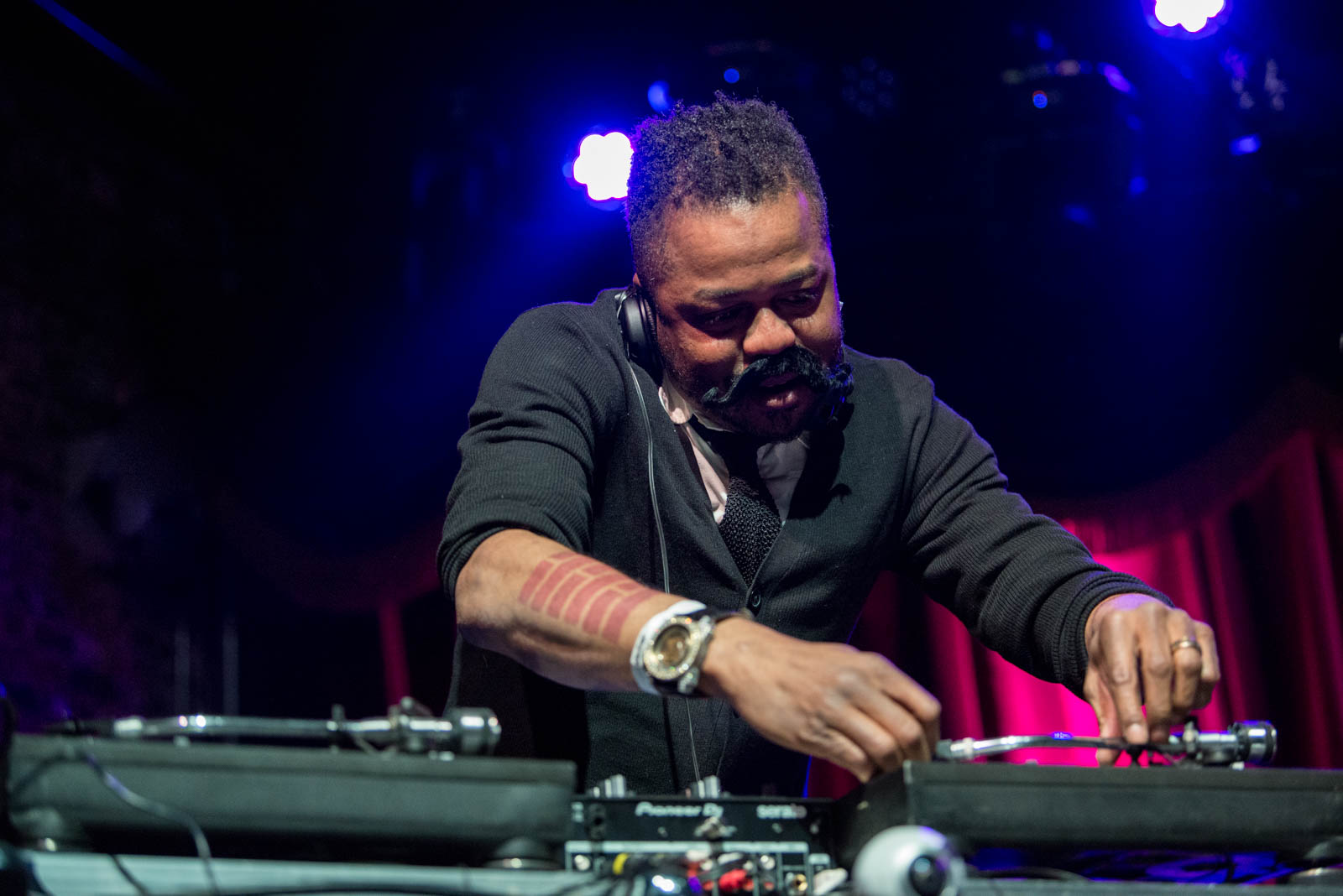 DJ Just Blaze, who used to be known DJ Firestarter before attending Handsome Boy Modeling School on Thursday, April 5, 2018 at Brooklyn Bowl.