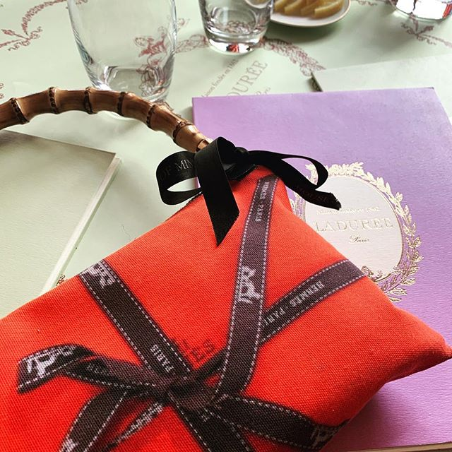 Lunch at Laduree, Harrods. #mme.mink #houseofmink #laduree #harrods #london #knightsbridge #hermes #orange #macrons