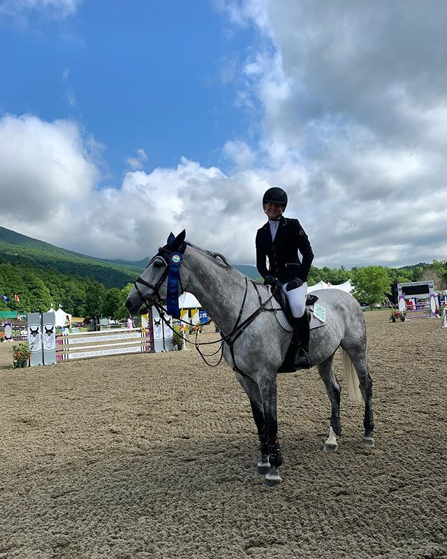 Kate Van de Bovenkamp and her Cassini Du Boy took home another win in the children's jumper classic this morning!