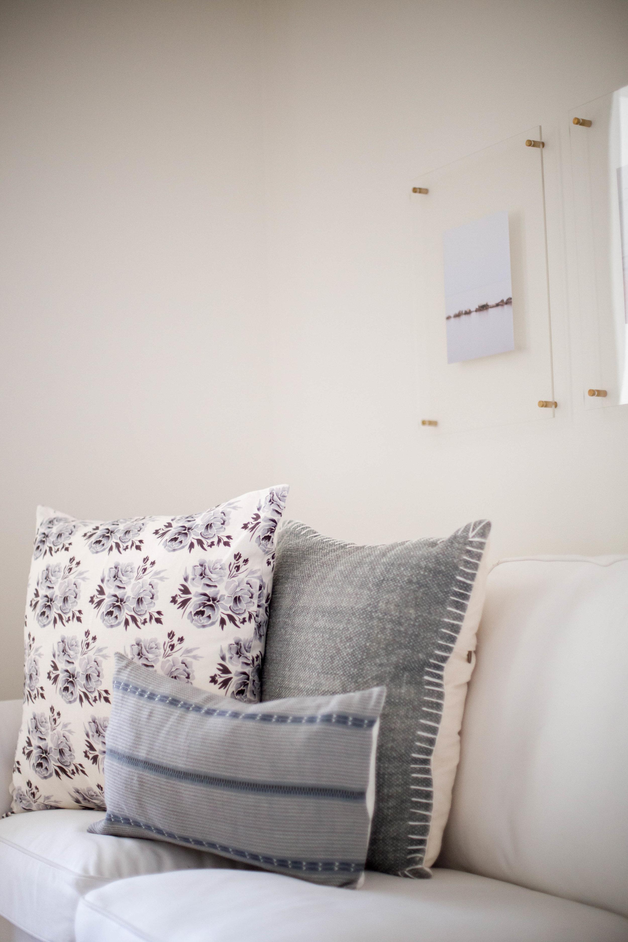 Doreen Corrigan Master Bedroom_Sitting-118.jpg