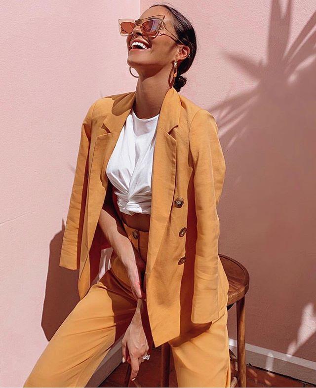 S u i t i n g 🍊 #lestyleco#personalstylist#stylediary#whatiwear#wiw#mumstyle#mumlife#ootd#instadaily#picoftheday#instapic#style#inspiration#fashionblog#instafashion#stylist#fashion#blog#love#lovefashion#streetstyle#inspo#fashioninspo#personalshopper#fashionstylist