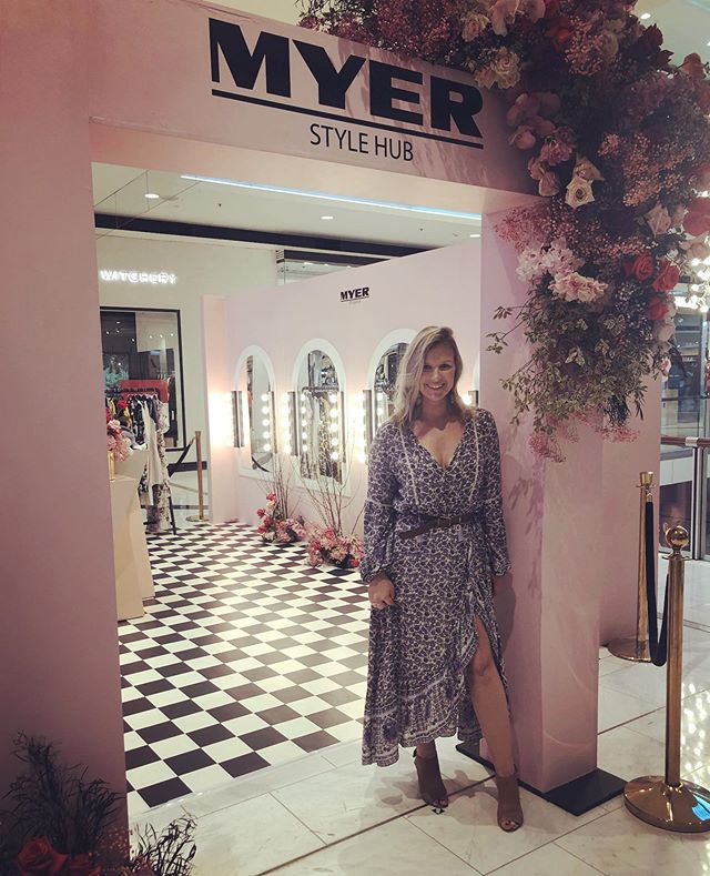 Thanks for having me @myer @westfieldchatswood 🌸 I had so much fun talking style to so many beautiful ladies ✨ #tasteshopplay #style #fashion #personalstylist #westfieldchatswoodtsp