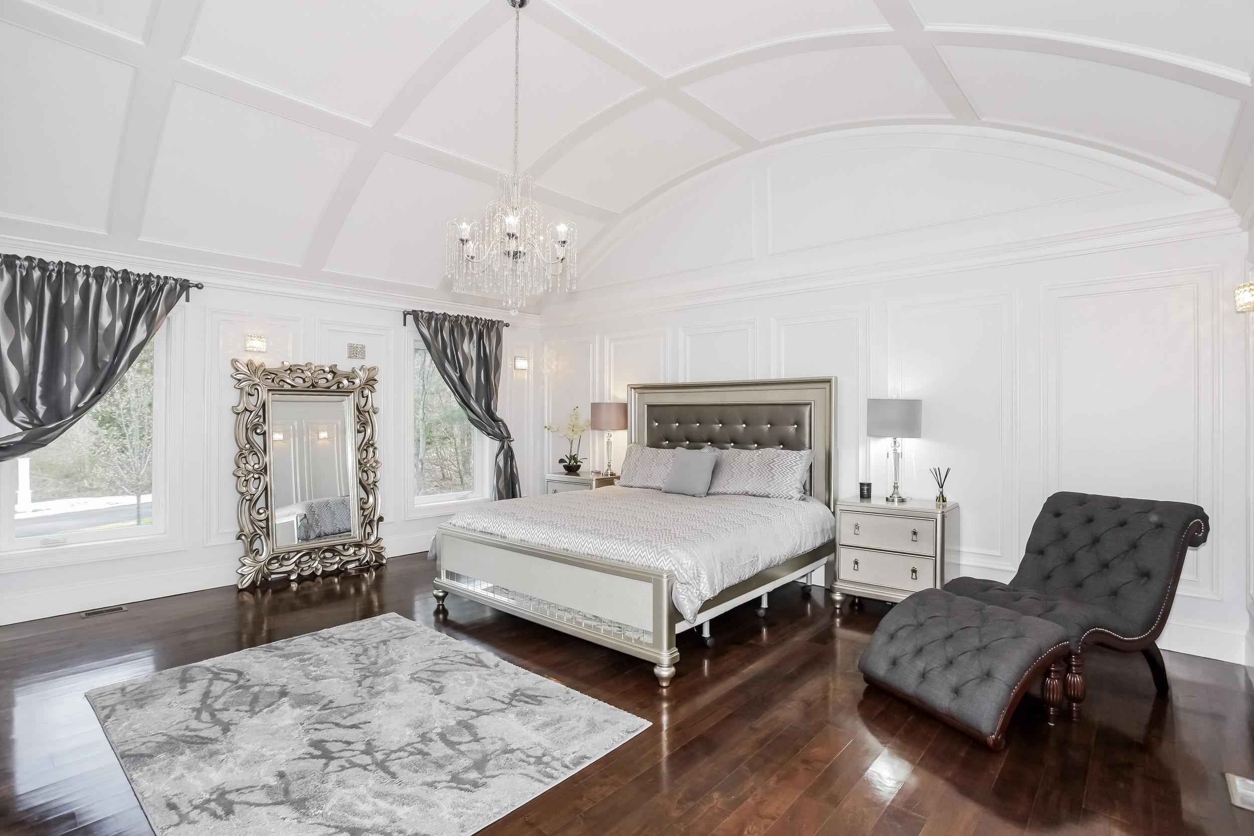 017-Master_Bedroom-2617894-large.jpg