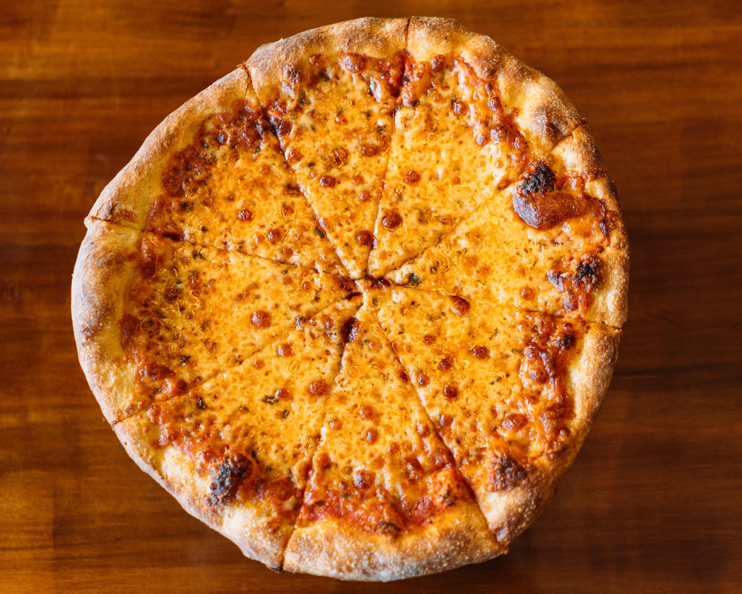 Pizzeria Roberti_16- Pizza_Native.jpg