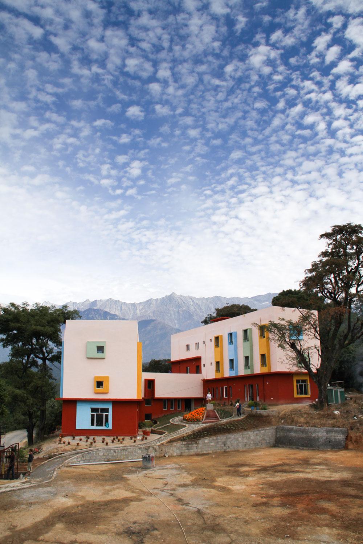 Tong Len Hostel India -