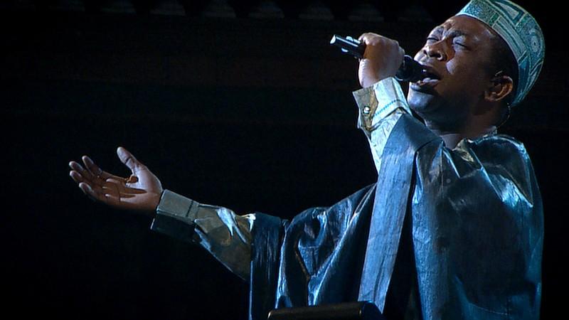 Youssou_in_concert_1_t800.jpg