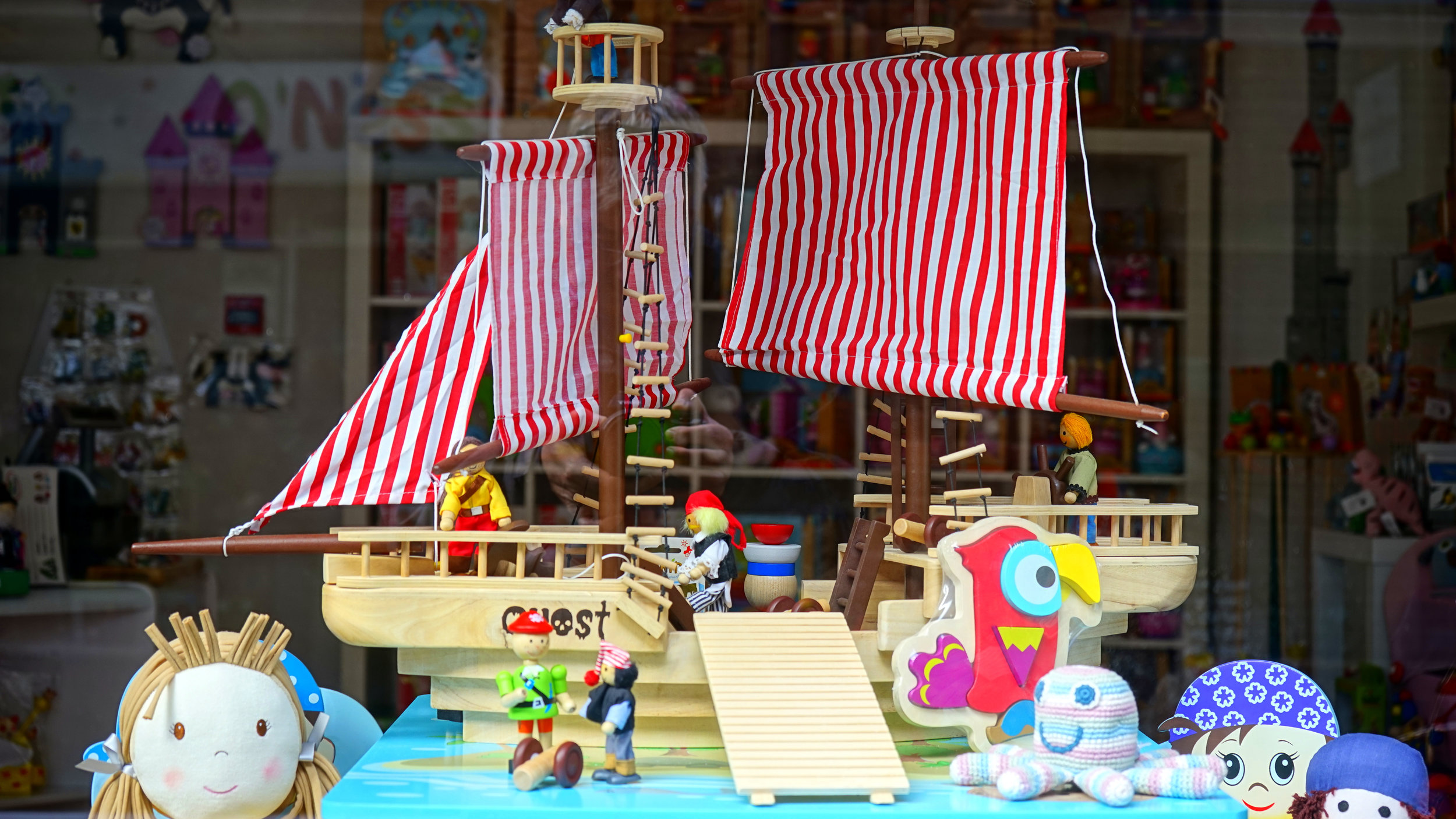 pirate ship toys.jpg