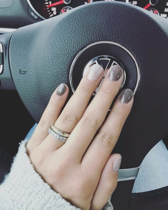 Driving is always better with a fresh set of nails! 🚙 💎 #CosmoNailBar #DFWNails