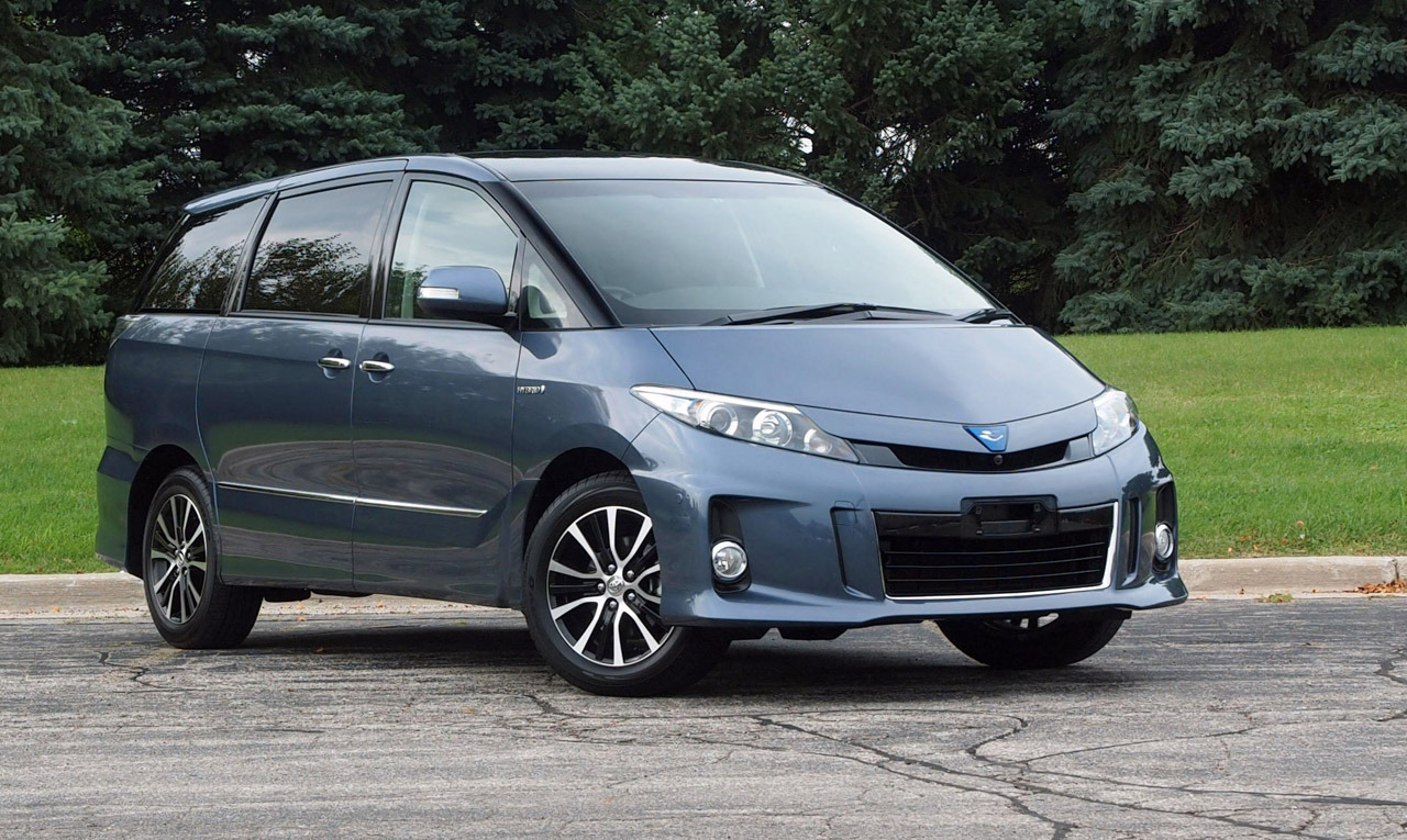 toyota-estima-hybrid-minivan-1-1.jpg