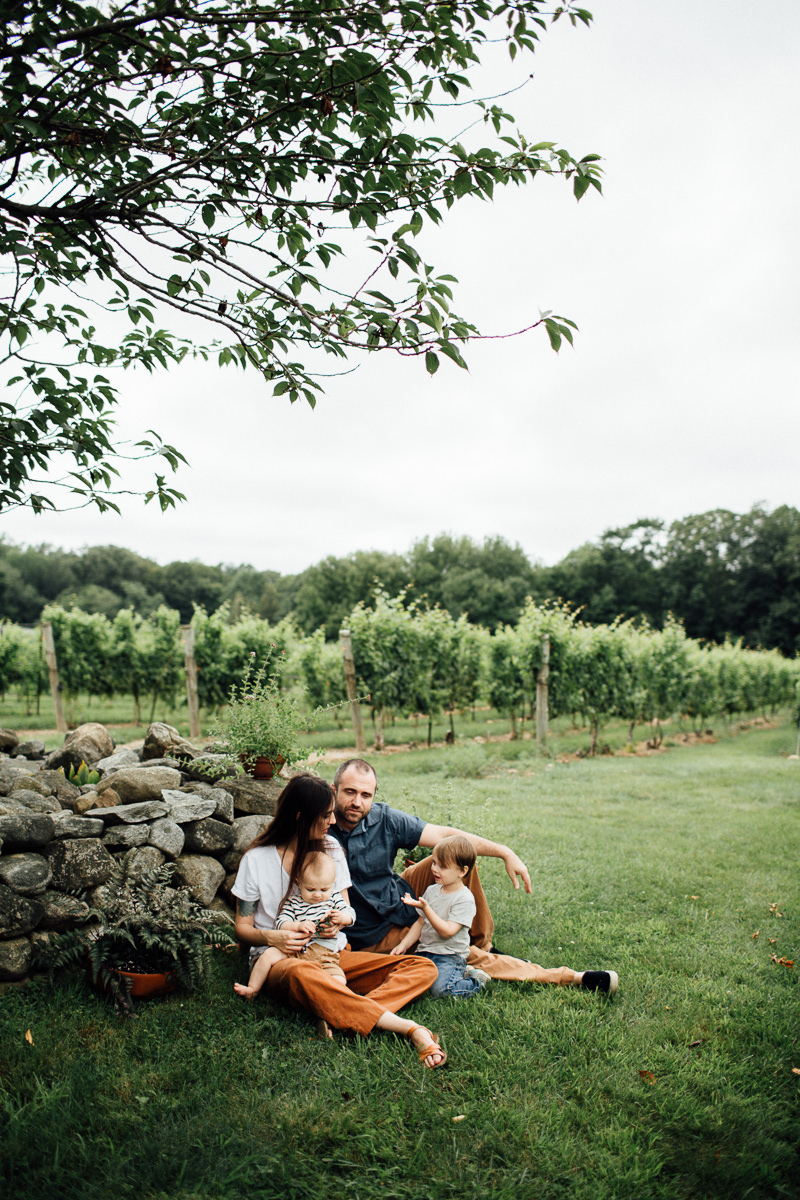 chamard-vineyards-ct-new-england-editorial-family-photographer (24 of 34).jpg
