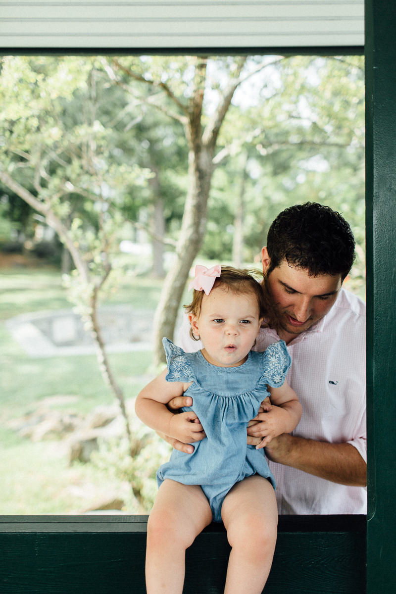 larchmont-new-york-new-england-editorial-family-photographer (10 of 33).jpg