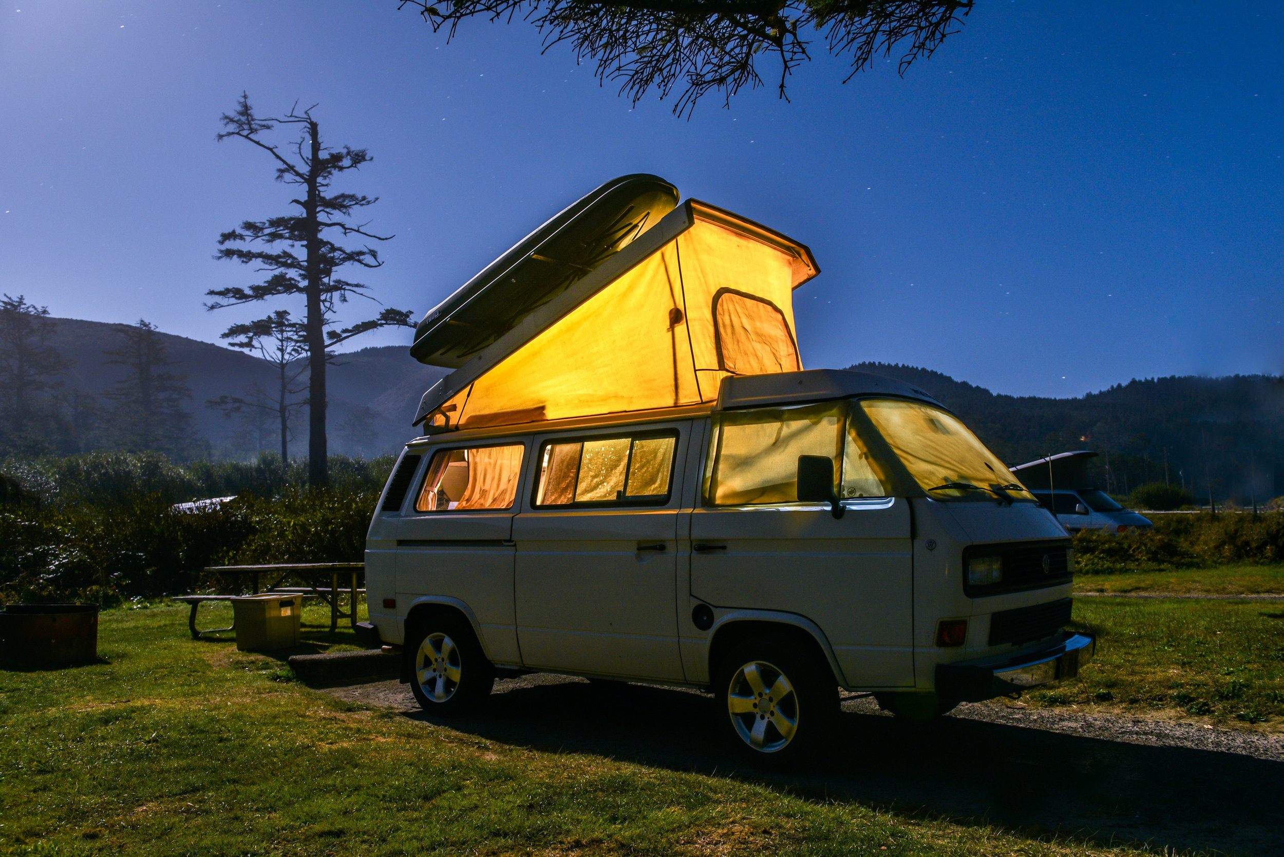 A perfect night in a GoCamp camper van.