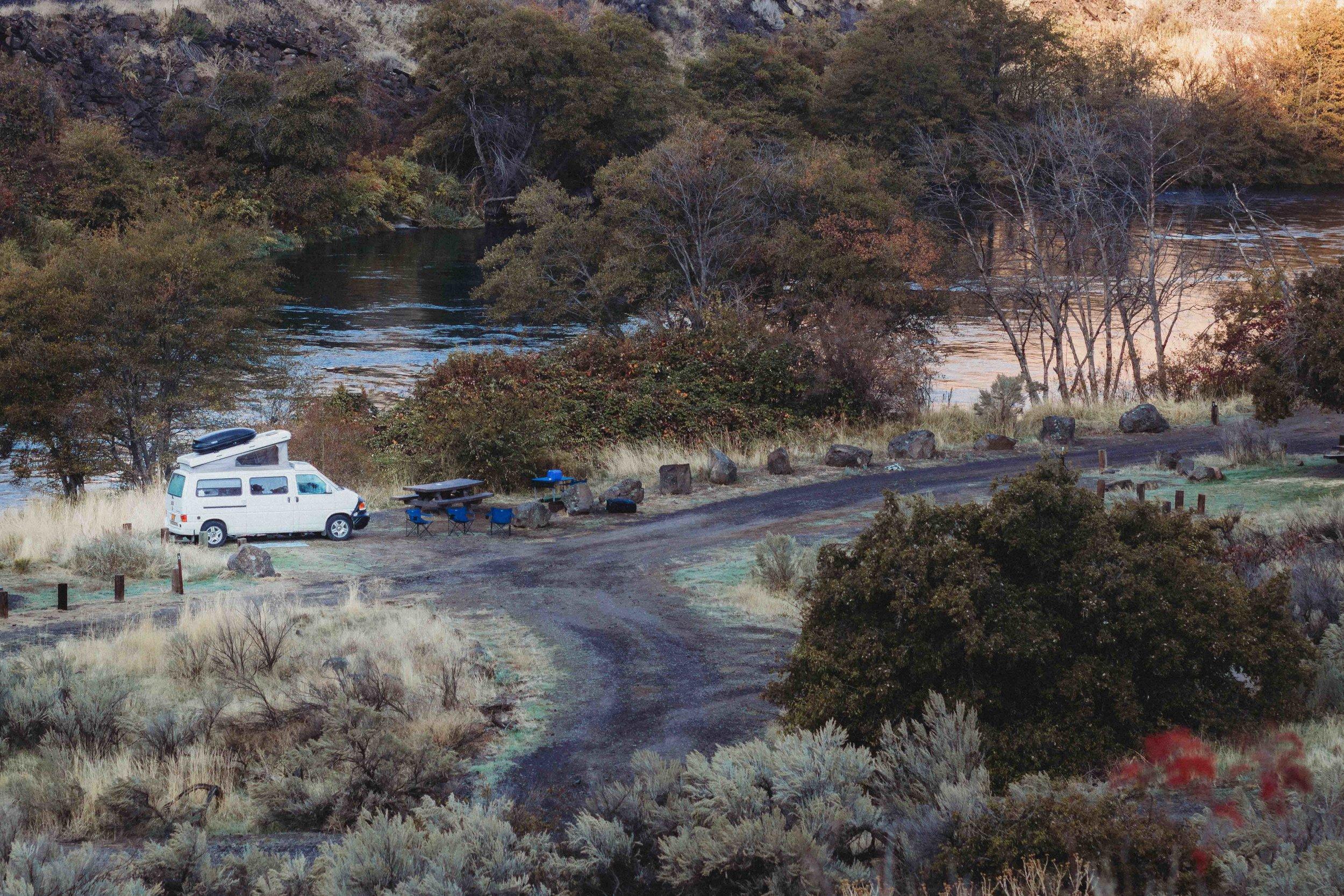 Camping Deschutes River