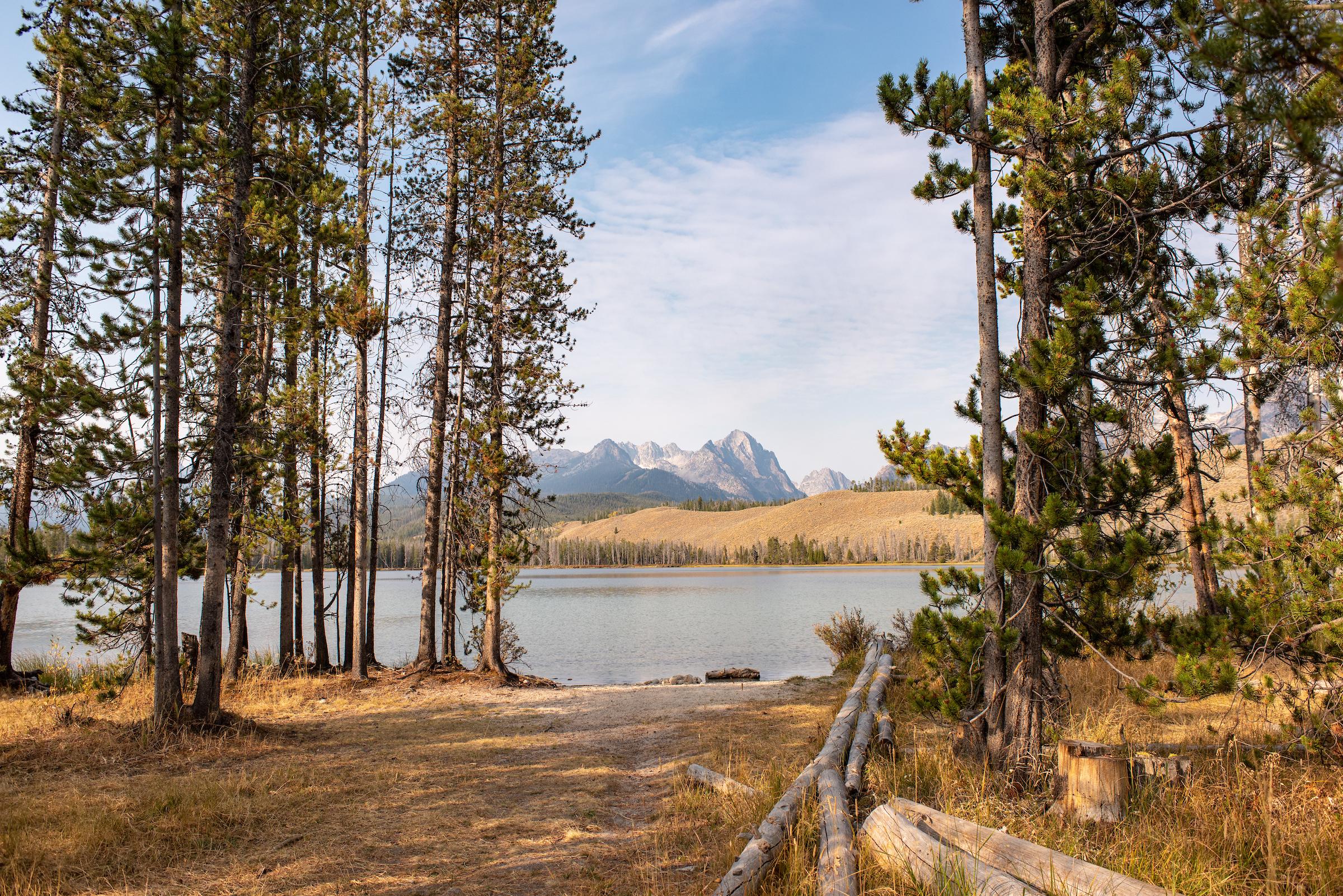 Little_Redfish_Lake_Idaho_9908.jpg