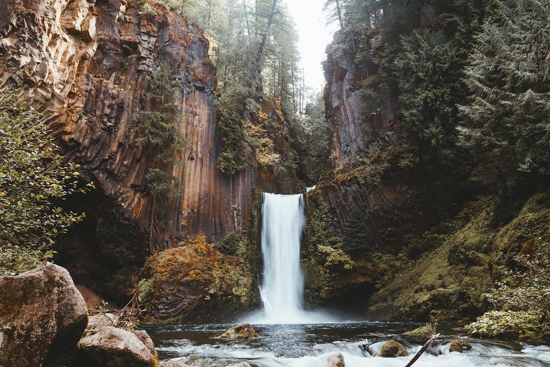 oregon waterfall in fall.jpg
