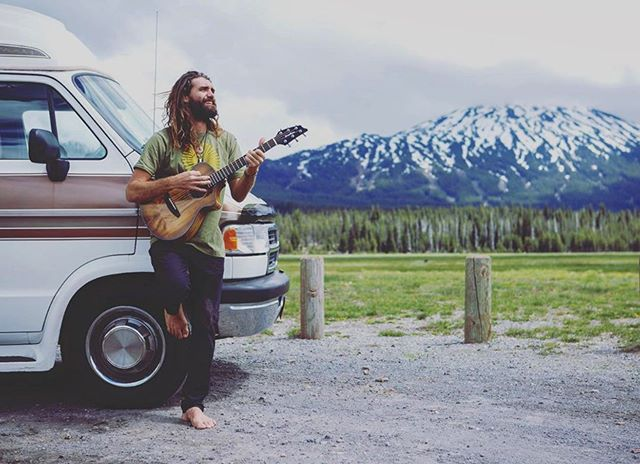 Add @paulizakmusic to your summer road trip playlist! Paul recently took a GoCamp van out on his Oregon tour, cruising through Bend to make some videos with @breedloveguitar (we can't wait to see them!) and playing his heart and soul out to fans at the @mysticrising festival in Ashland. Thanks for cruising with GoCamp, Paul! 🚐  What have you been listening to on the road lately? We're always looking for new artists, audiobooks, and podcasts to add to our digital libraries. Leave your comments below!  . . . . . . . . . . . . .  #gocamplife #wheresgocampnow #gocampvan #gocamprentals #paulizak #vanlife #music #playlist #festivals #roadtrip 