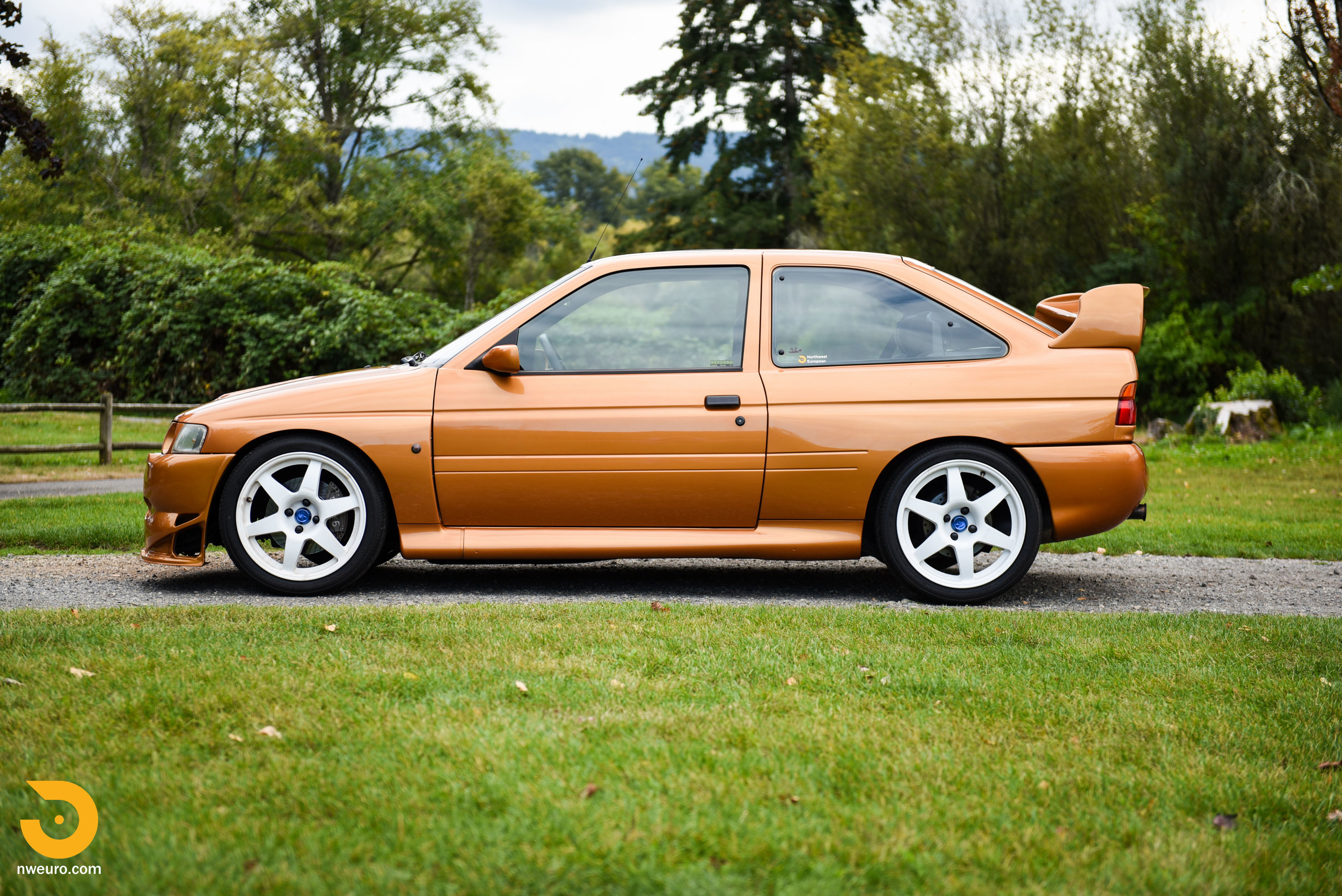 1995 Ford Escort Cosworth RS-1.jpg