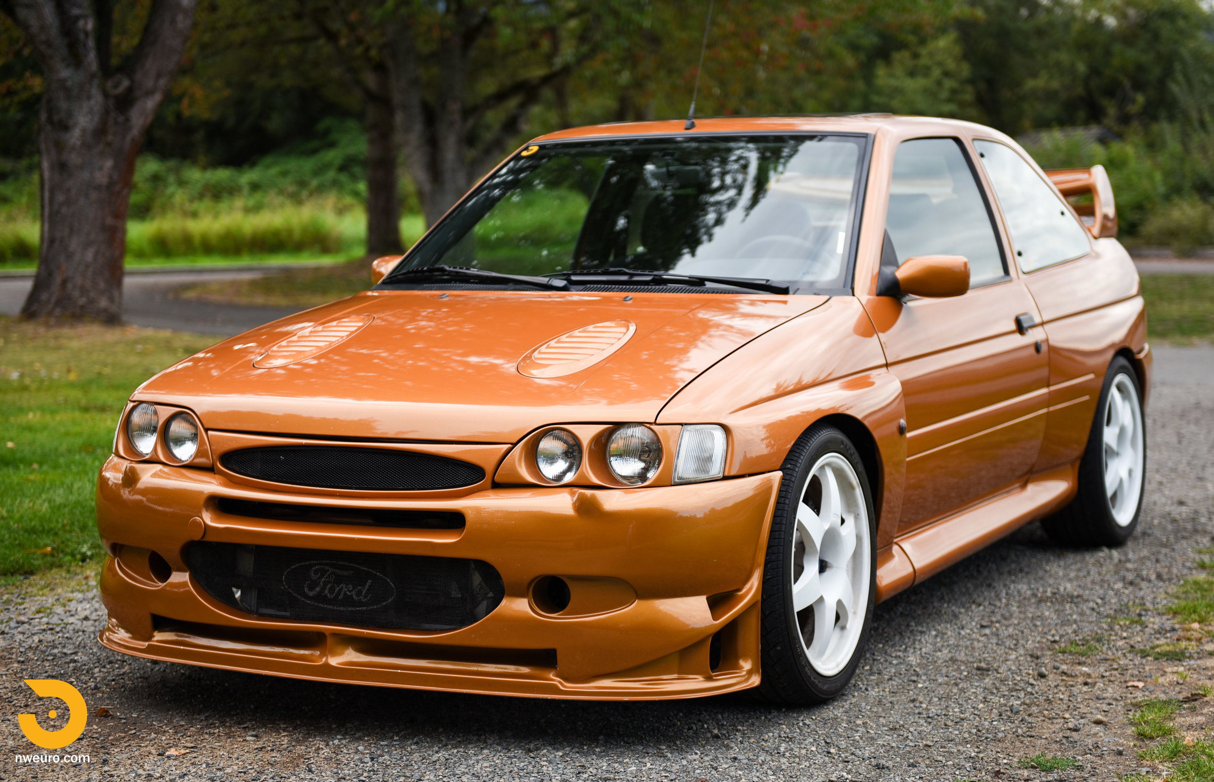 1995 Ford Escort Cosworth RS-6.jpg