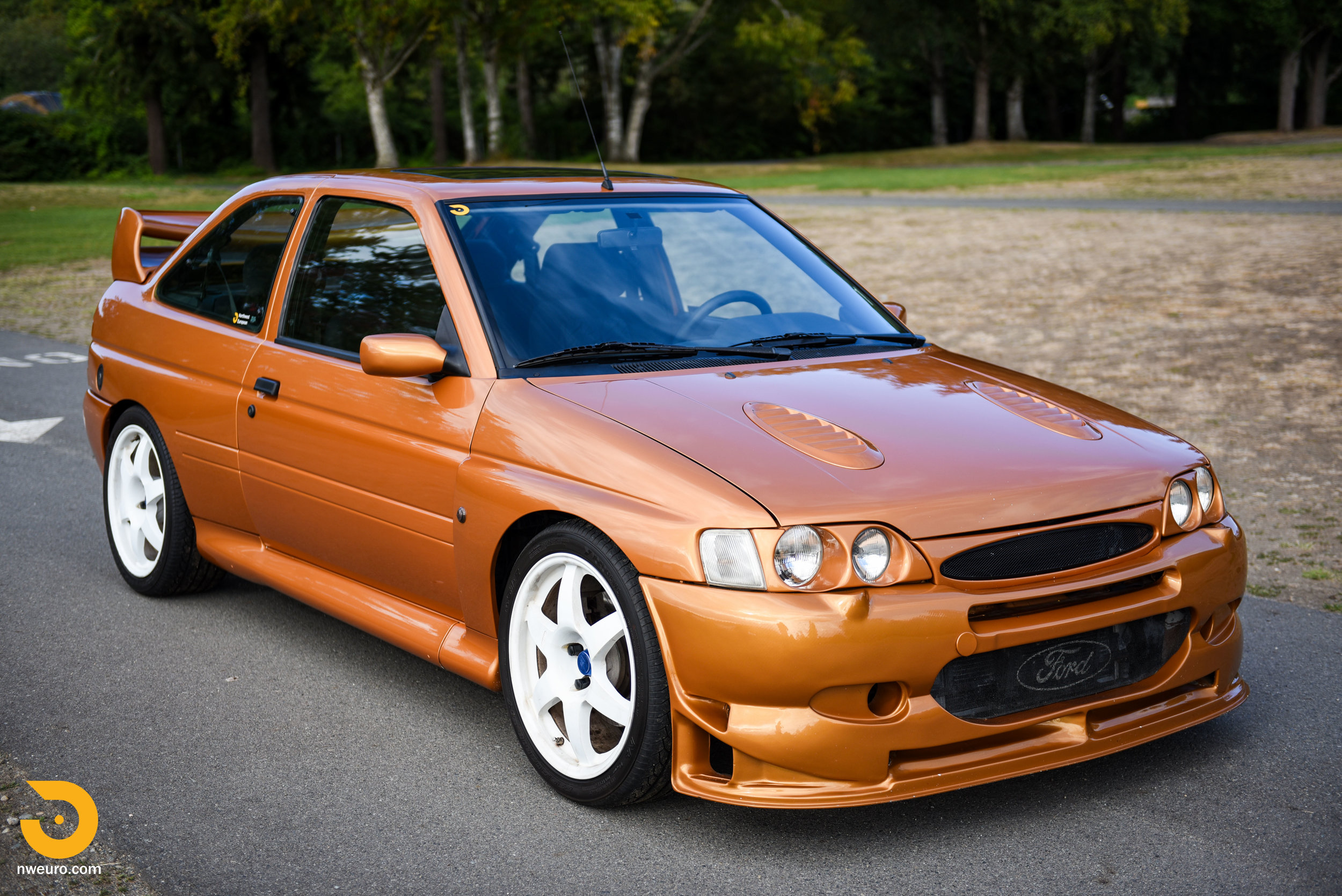 1995 Ford Escort Cosworth RS-45.jpg
