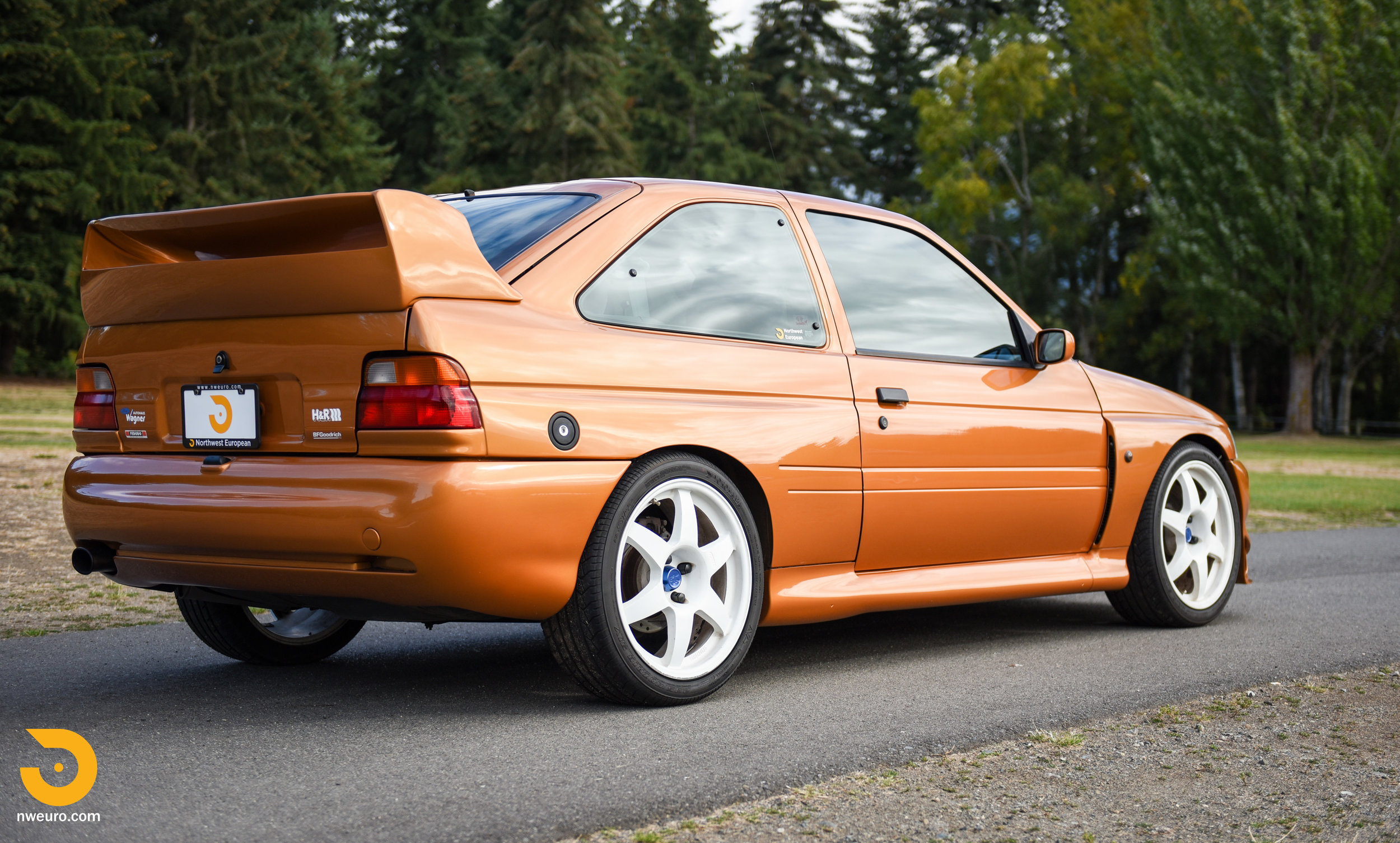 1995 Ford Escort Cosworth RS-44.jpg
