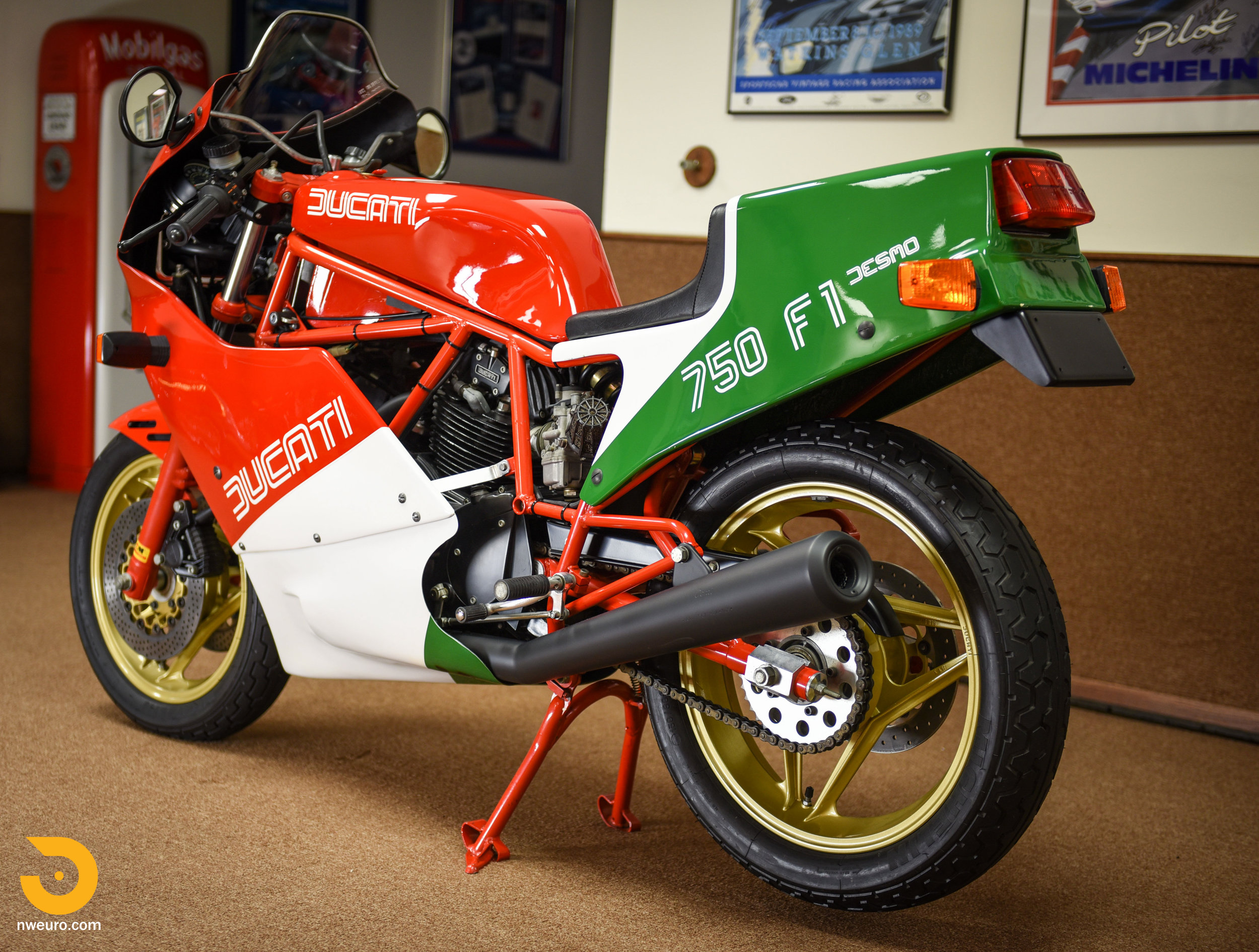 1985 Ducati 750 F1A-7.jpg