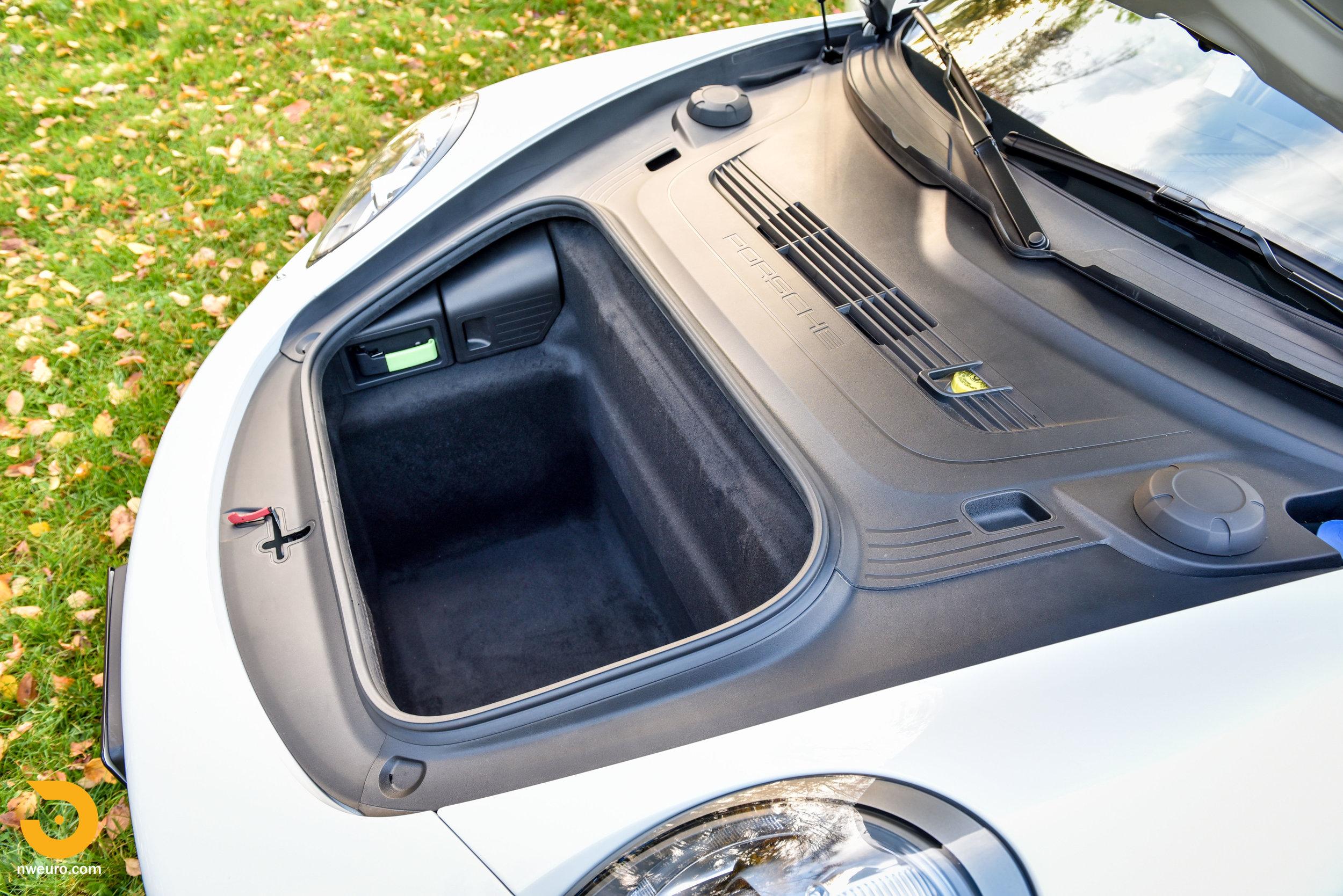 2014 Porsche 911 Turbo-24.jpg