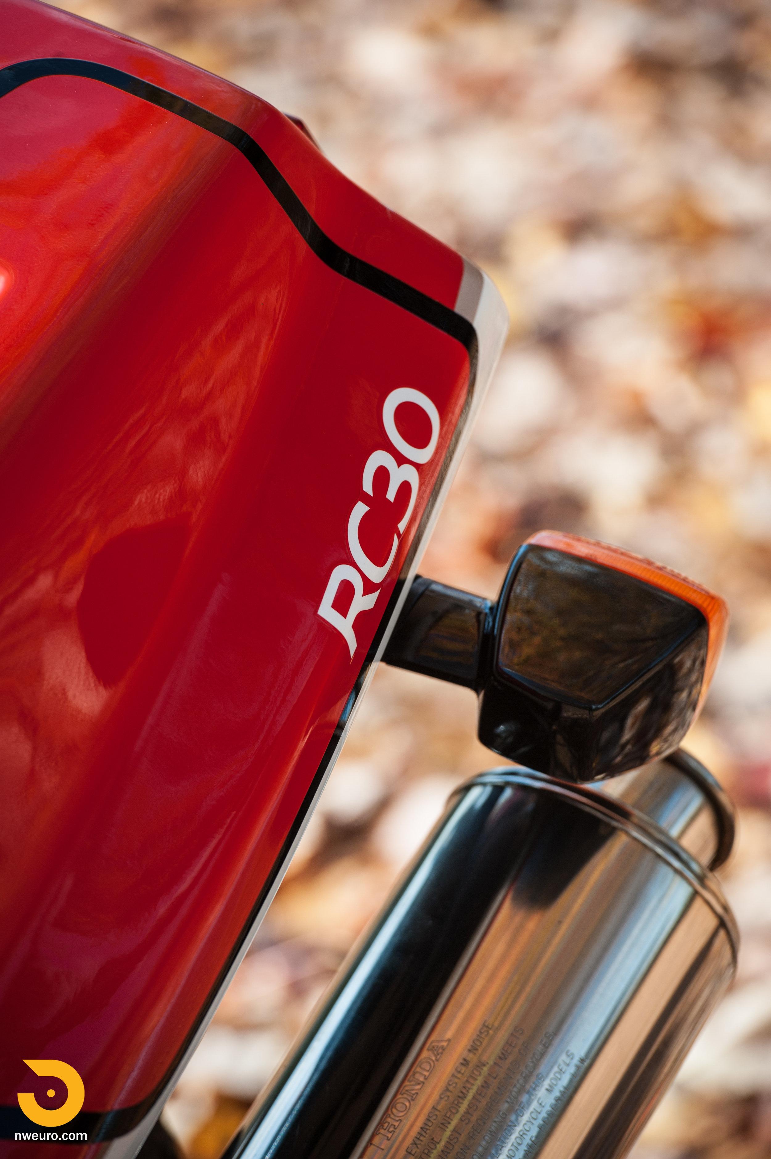 1990 Honda RC30-5.jpg