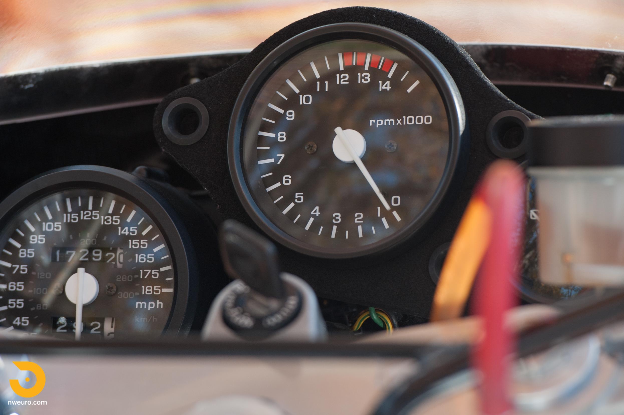 1990 Honda RC30-9.jpg
