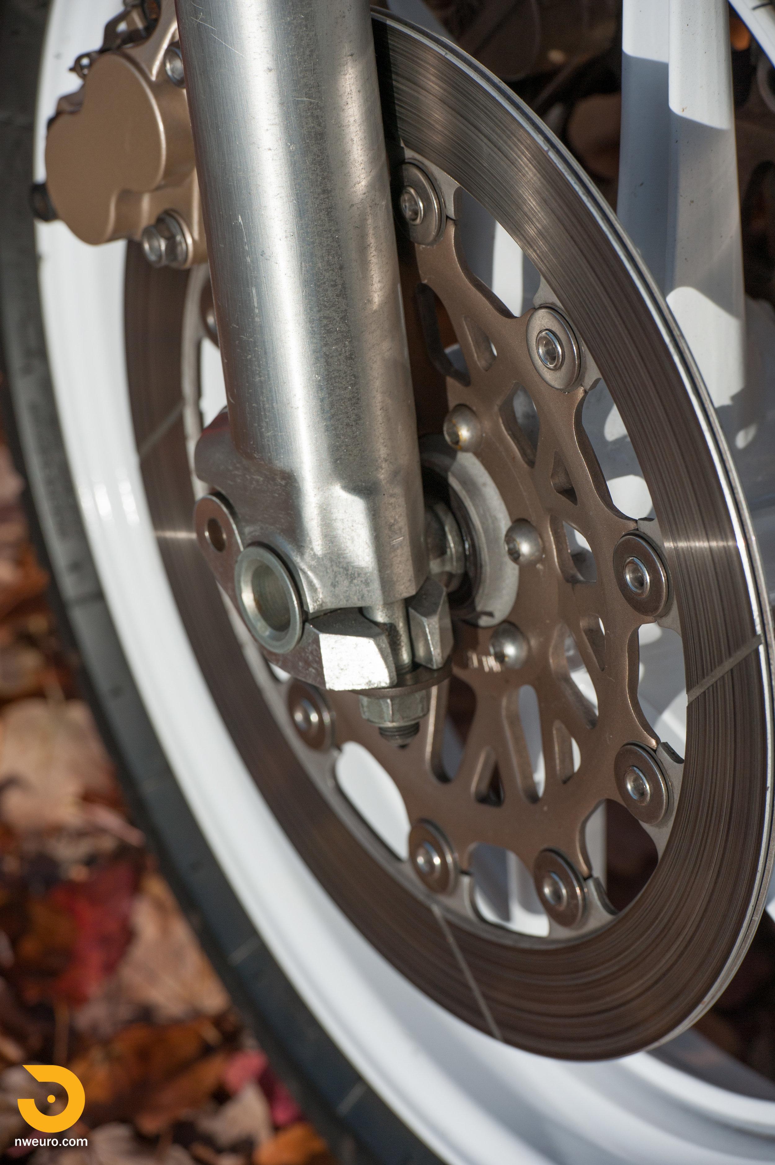 1990 Honda RC30-20.jpg