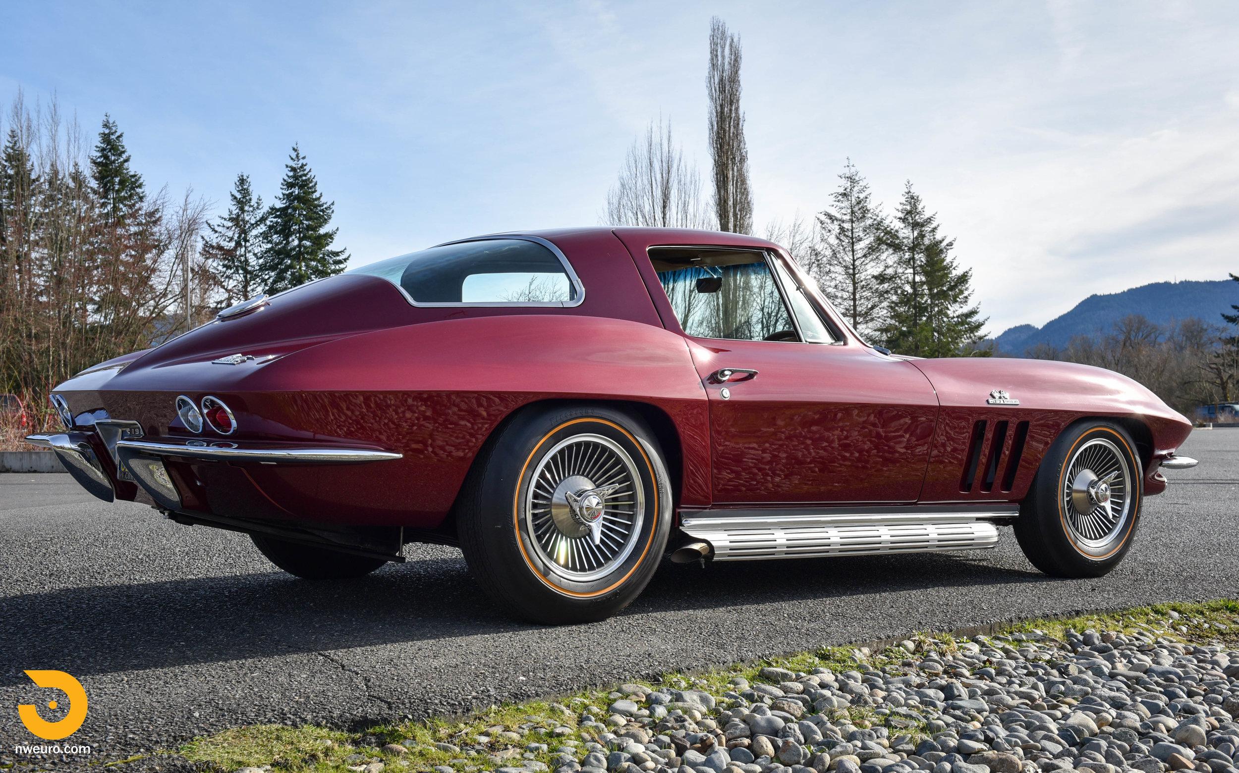 1966 Chevrolet Corvette 427 Coupe-16.jpg