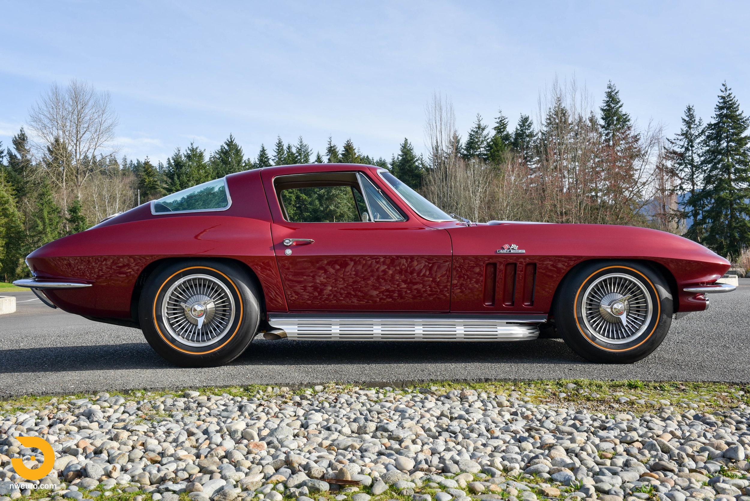 1966 Chevrolet Corvette 427 Coupe-17.jpg