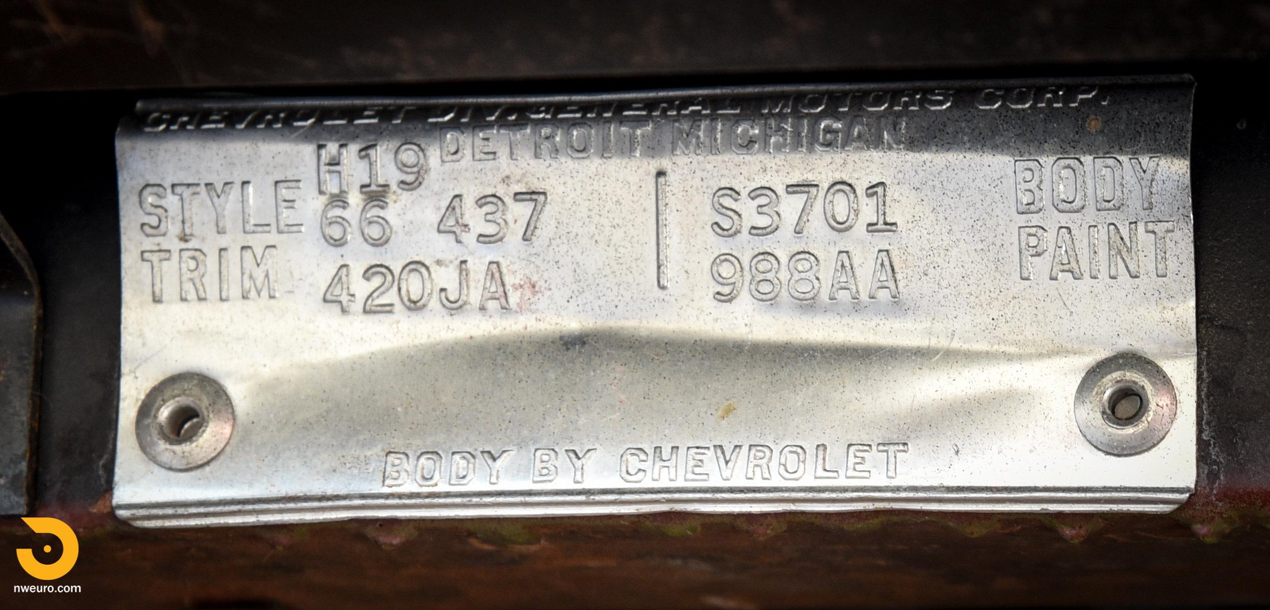 1966 Chevrolet Corvette 427 Coupe-26.jpg